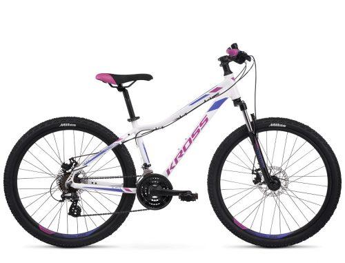 Naisille kehitetty, paremmin istuva runkomalli ja laadukkaat komponentit tekevät Kross Lea 3.0 naisten maastopyörästä mahtavan pyörän sporttisille harrastajille!
